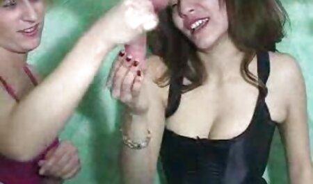 बिकनी सेक्सी मूवी हिंदी इंग्लिश में सौंदर्य
