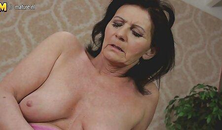 भाषा फिक्सिंग के बाद, उसकी अच्छी तरह से सुसज्जित अपार्टमेंट का इंग्लिश सेक्स वीडियो फुल मूवी दरवाजा खुलता है