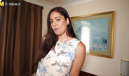मेज पर इंग्लिश मूवी सेक्सी फिल्म सौंदर्य का संयोजन