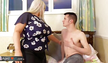 प्यार इंग्लिश सेक्सी वीडियो एचडी फुल मूवी करना चाहता है, जो भावनात्मक औरत