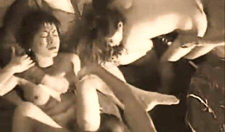 वह नग्न चुटकुले इंग्लिश सेक्सी वीडियो मूवी और गले लगे